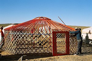 Construction of a Mongolian yurt (wikipedia)